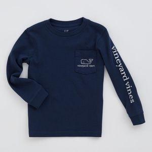 Vineyard Vines Christmas T-shirt